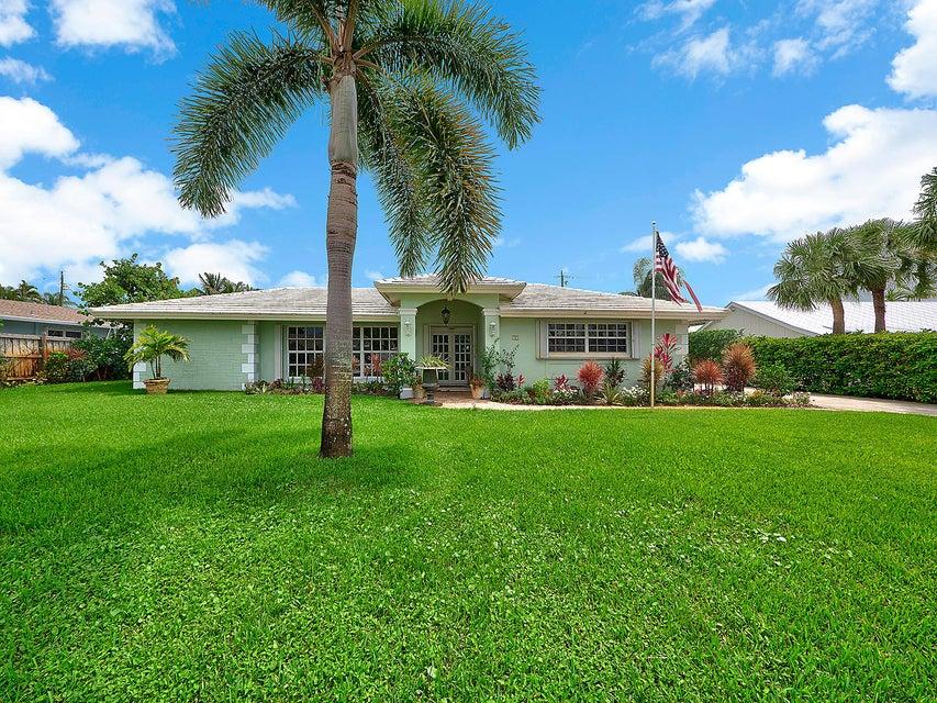 99 Golfview Drive  Tequesta, FL 33469