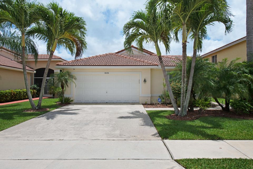 5026 Prairie Dunes Village Circle Lake Worth, FL 33463 photo 2