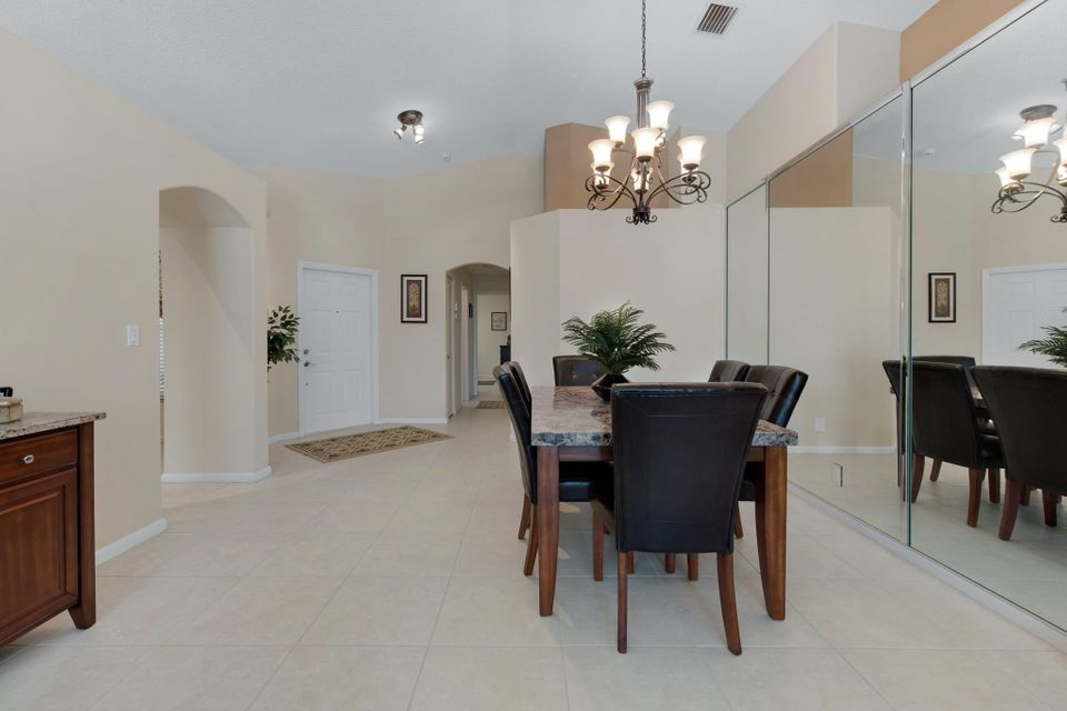 5026 Prairie Dunes Village Circle Lake Worth, FL 33463 photo 8