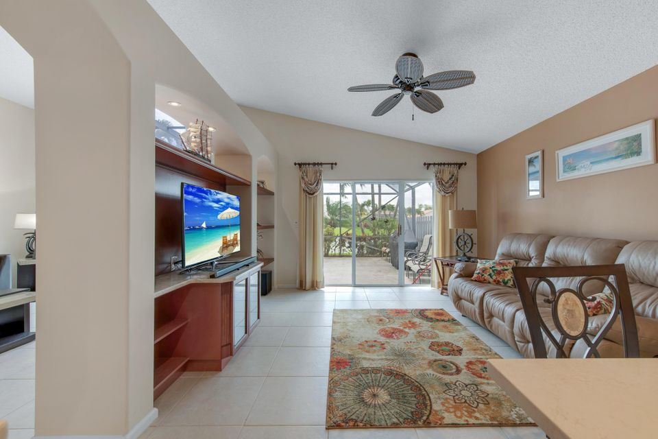 5026 Prairie Dunes Village Circle Lake Worth, FL 33463 photo 12