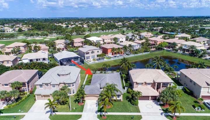 2235 Ridgewood Circle Royal Palm Beach, FL 33411 photo 2