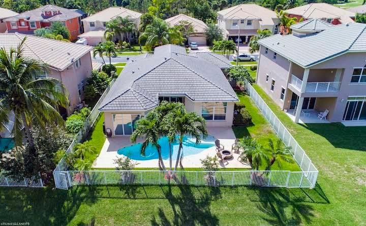 2235 Ridgewood Circle Royal Palm Beach, FL 33411 photo 4