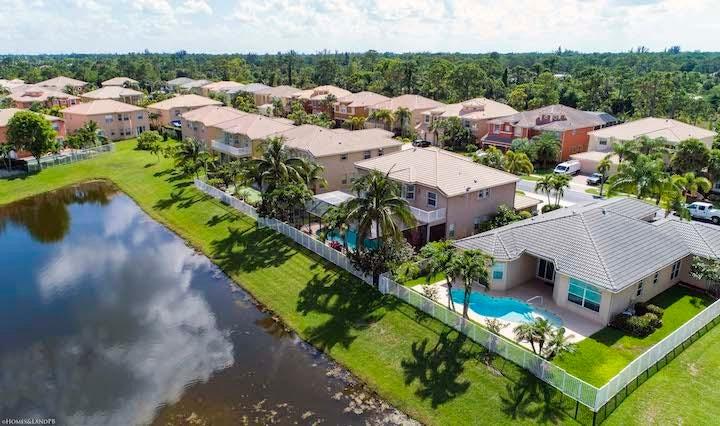 2235 Ridgewood Circle Royal Palm Beach, FL 33411 photo 30