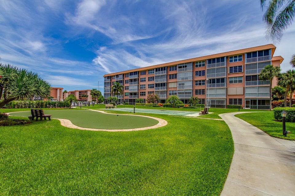 911 Gardenia Drive 453 Delray Beach, FL 33483 photo 26