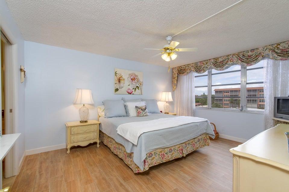 911 Gardenia Drive 453 Delray Beach, FL 33483 photo 14