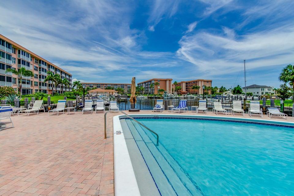 911 Gardenia Drive 453 Delray Beach, FL 33483 photo 38