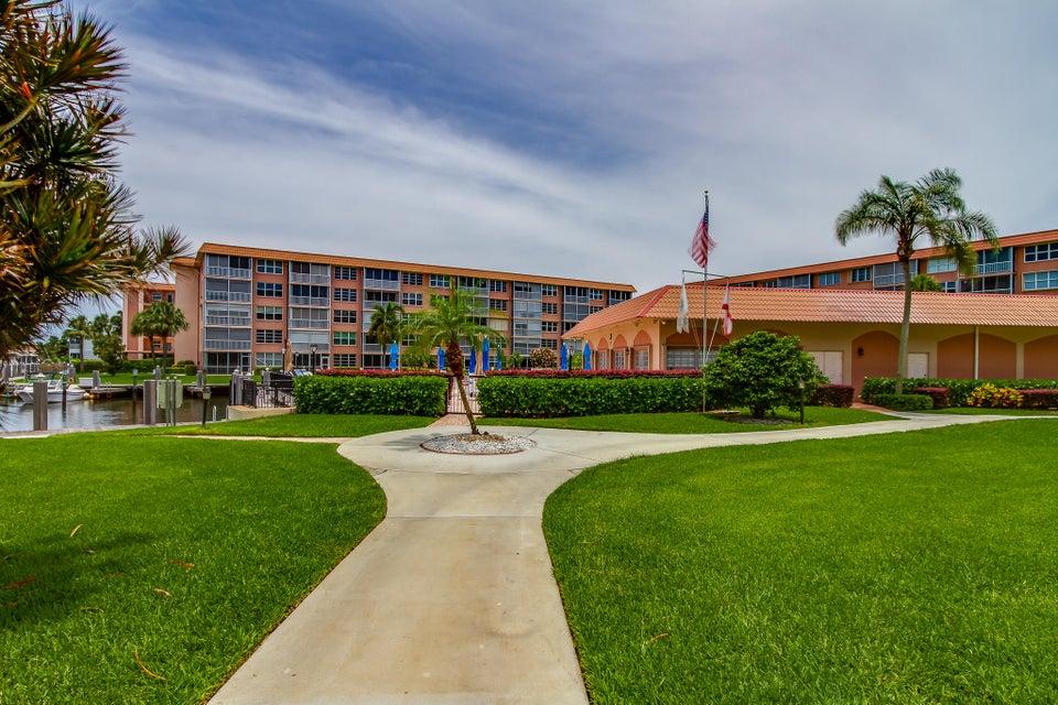 911 Gardenia Drive 453 Delray Beach, FL 33483 photo 40