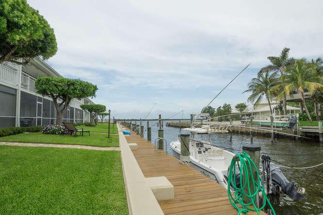 68 Yacht Club Drive 5  North Palm Beach FL 33408