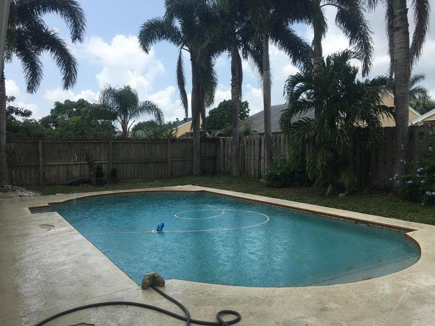 5609 Berrywood Drive  Lake Worth, FL 33467