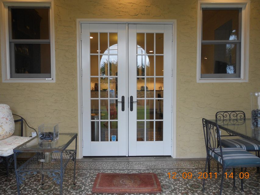 818 Avon Road West Palm Beach, FL 33401 photo 14
