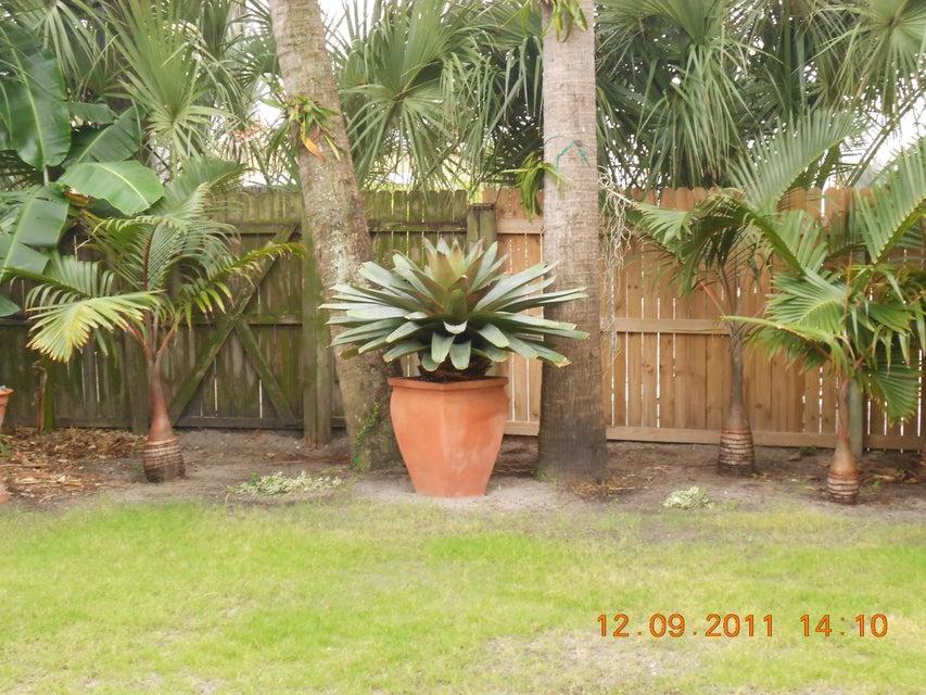 818 Avon Road West Palm Beach, FL 33401 photo 16