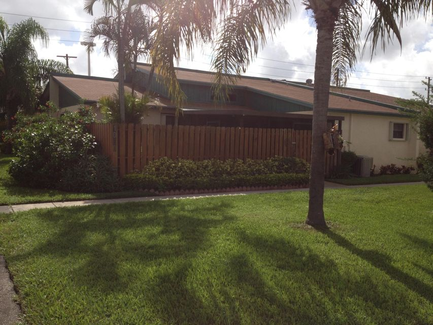 Home for sale in Tree Lake Palm Springs Florida