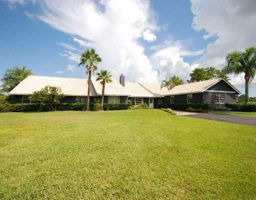 3095 SE Ranch Acres Circle , Jupiter FL 33478 is listed for sale as MLS Listing RX-10438883 13 photos