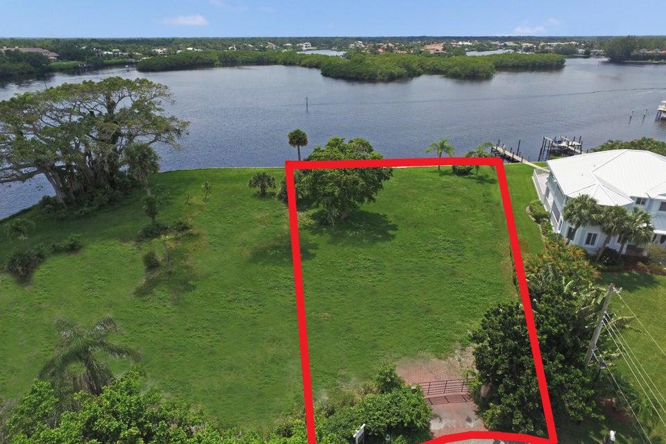 Xxx River Drive  Tequesta, FL 33469
