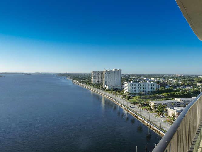 1200 S Flagler Drive 1804 West Palm Beach, FL 33401