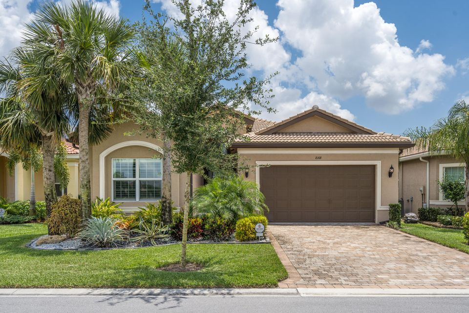 Valencia Cove home 8168 Pikes Peak Avenue Boynton Beach FL 33473