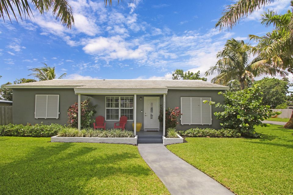 204 SE 2nd Avenue  Boynton Beach FL 33435