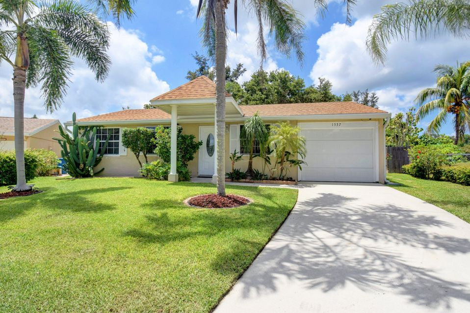 1337 Elmbank Way Royal Palm Beach, FL 33411 photo 3