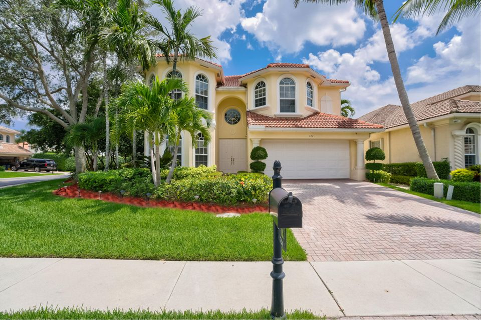 724 Maritime Way , Palm Beach Gardens FL 33410 is listed for sale as MLS Listing RX-10437030 87 photos