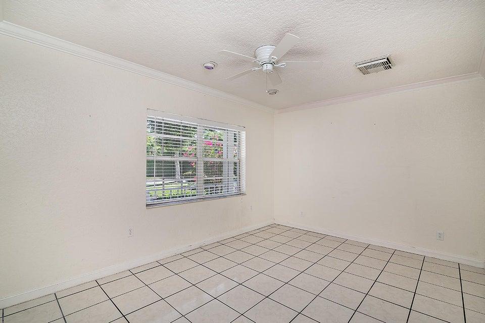 250 Desota Road West Palm Beach, FL 33405 photo 10