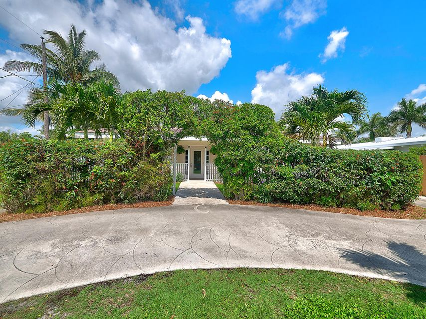 5707 S Olive Avenue  West Palm Beach, FL 33405