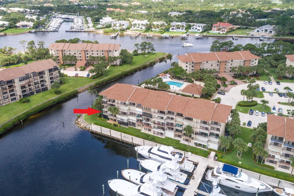 2301 Marina Isle Way 206 , Jupiter FL 33477 is listed for sale as MLS Listing RX-10437573 28 photos