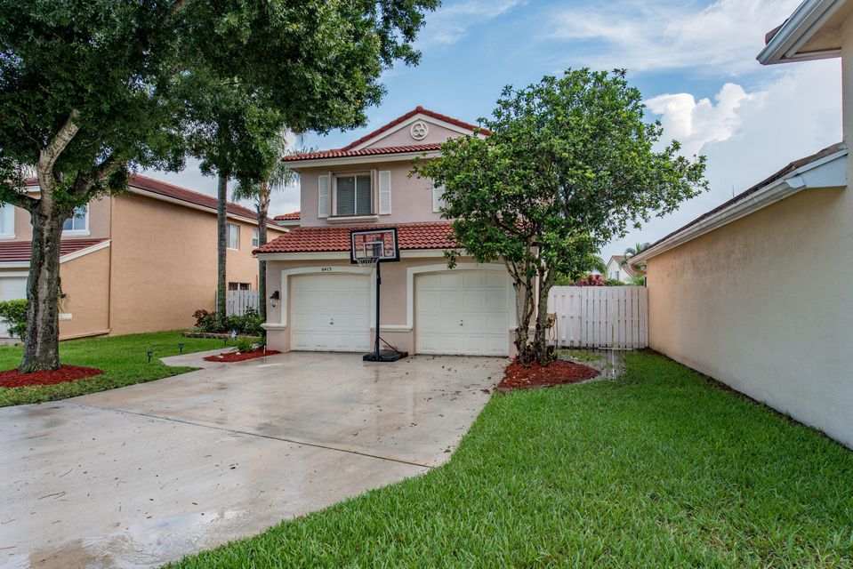 6415 Barton Creek Circle Lake Worth, FL 33463