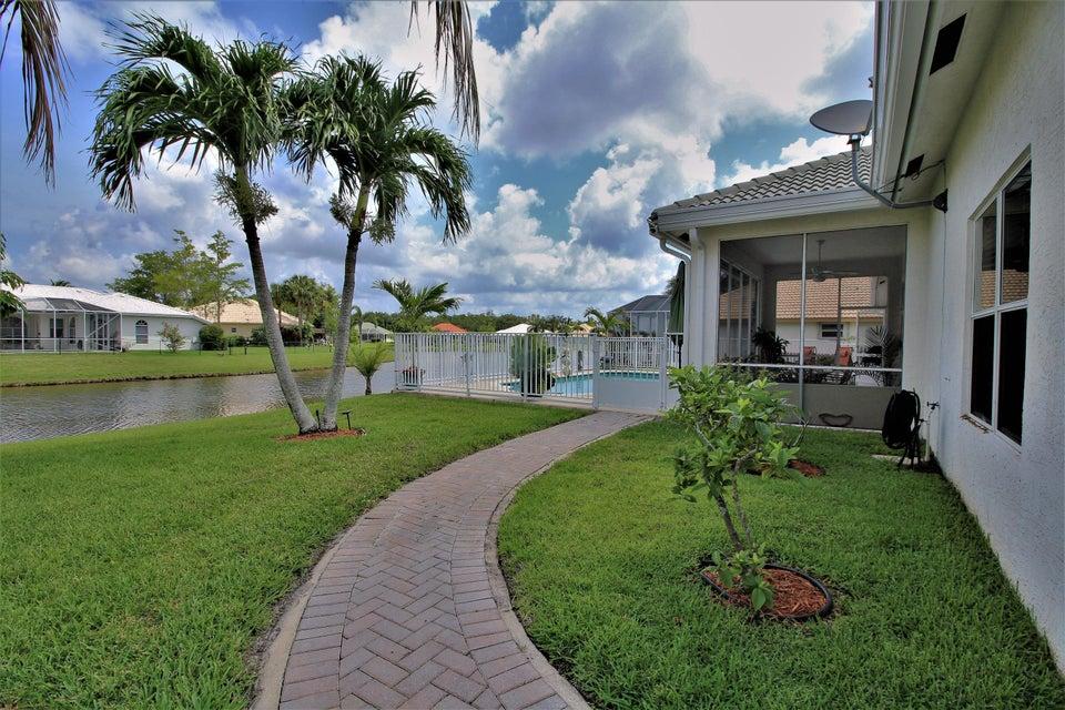130 Fernwood Royal Palm Beach, FL 33411 photo 8