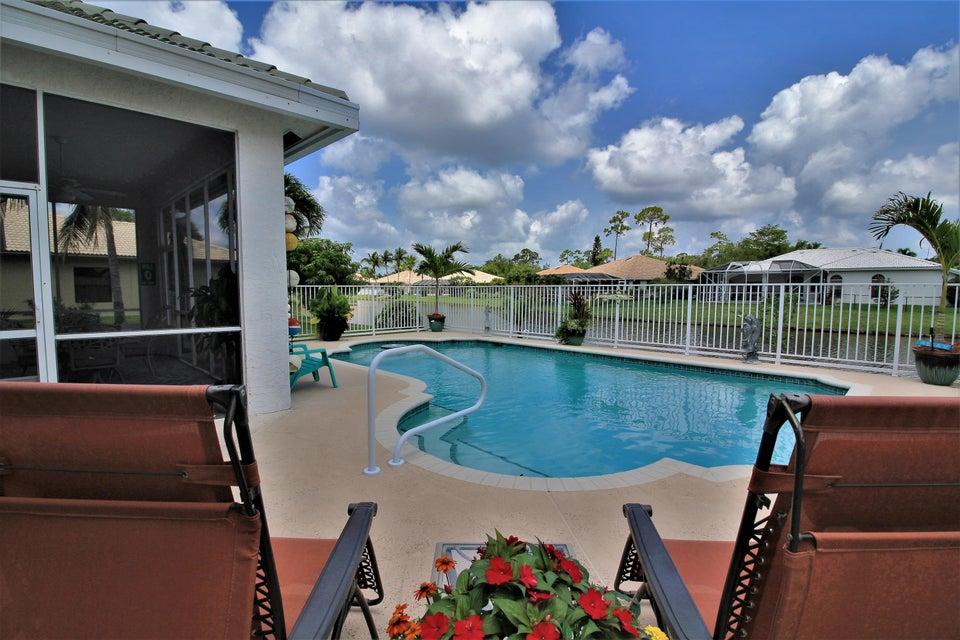 130 Fernwood Royal Palm Beach, FL 33411 photo 10