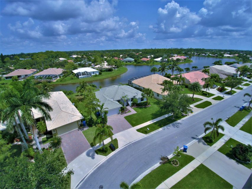 130 Fernwood Royal Palm Beach, FL 33411 photo 2