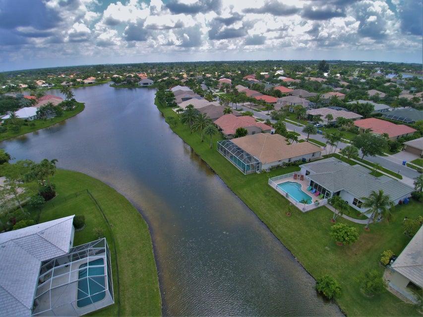 130 Fernwood Royal Palm Beach, FL 33411 photo 28