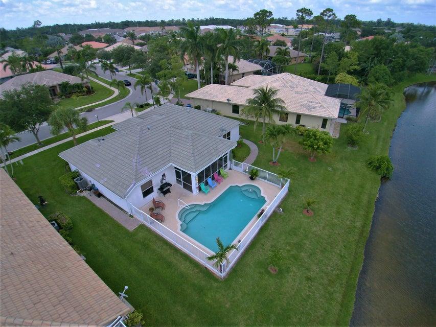 130 Fernwood Royal Palm Beach, FL 33411 photo 3