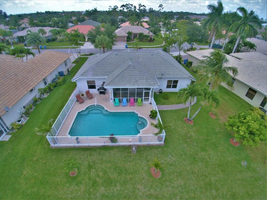 130 Fernwood Royal Palm Beach, FL 33411 photo 4