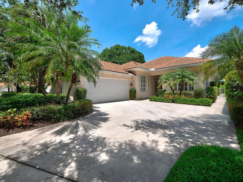 158 Lost Bridge Drive , Palm Beach Gardens FL 33410 is listed for sale as MLS Listing RX-10438434 27 photos