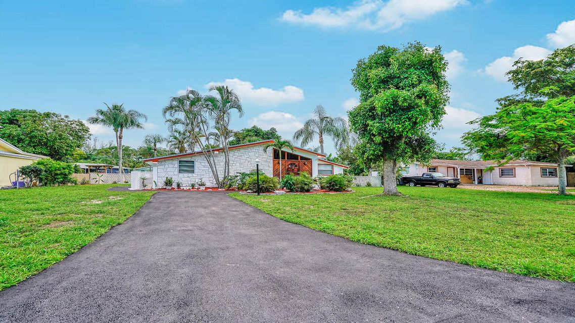 335 Forest Estate Drive West Palm Beach, FL 33415 small photo 23