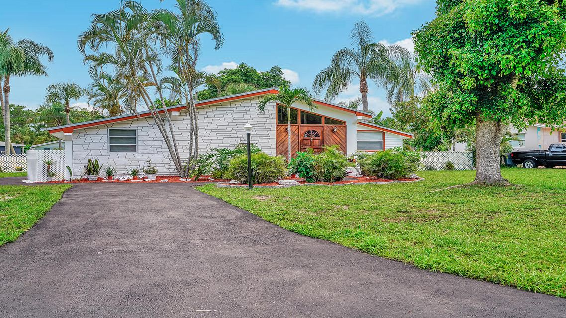 335 Forest Estate Drive West Palm Beach, FL 33415 small photo 3
