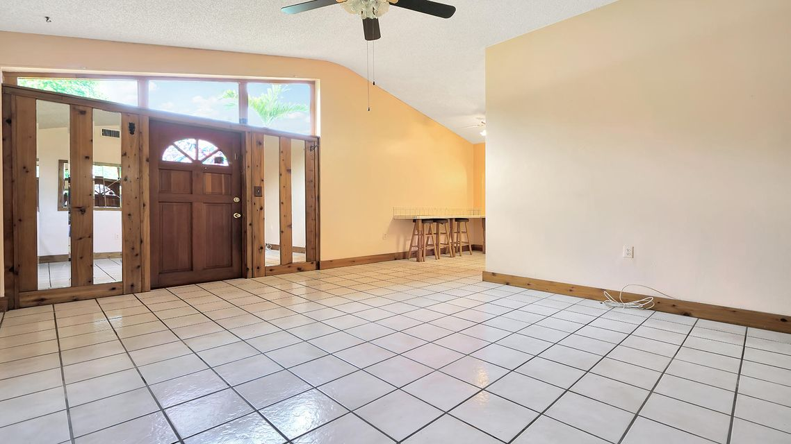 335 Forest Estate Drive West Palm Beach, FL 33415 small photo 5