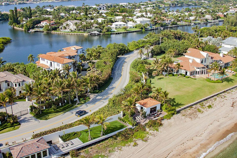 1555 S Ocean Boulevard , Manalapan FL 33462 is listed for sale as MLS Listing RX-10437610 photo #4