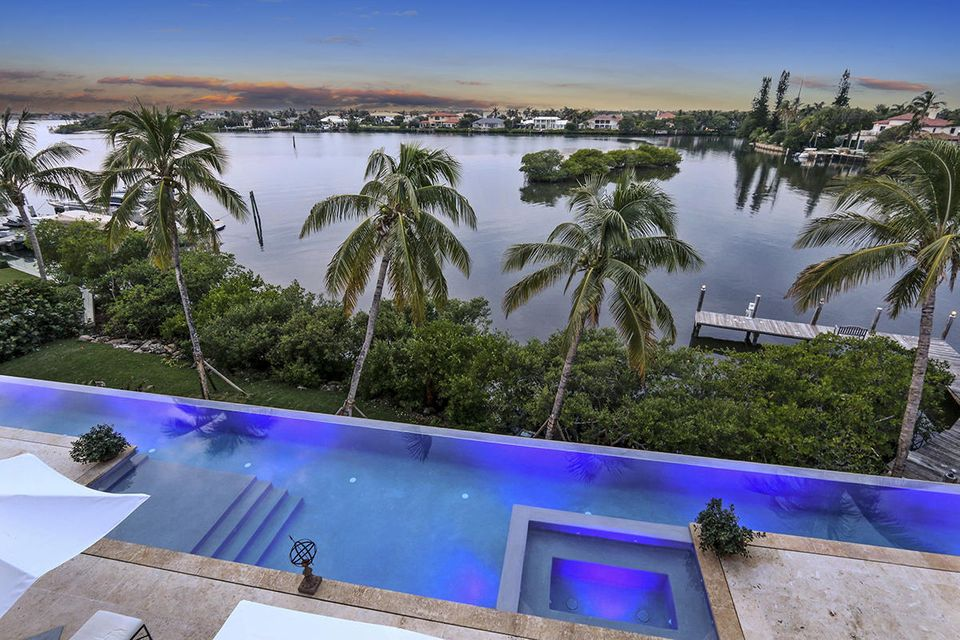 1555 S Ocean Boulevard , Manalapan FL 33462 is listed for sale as MLS Listing RX-10437610 photo #49