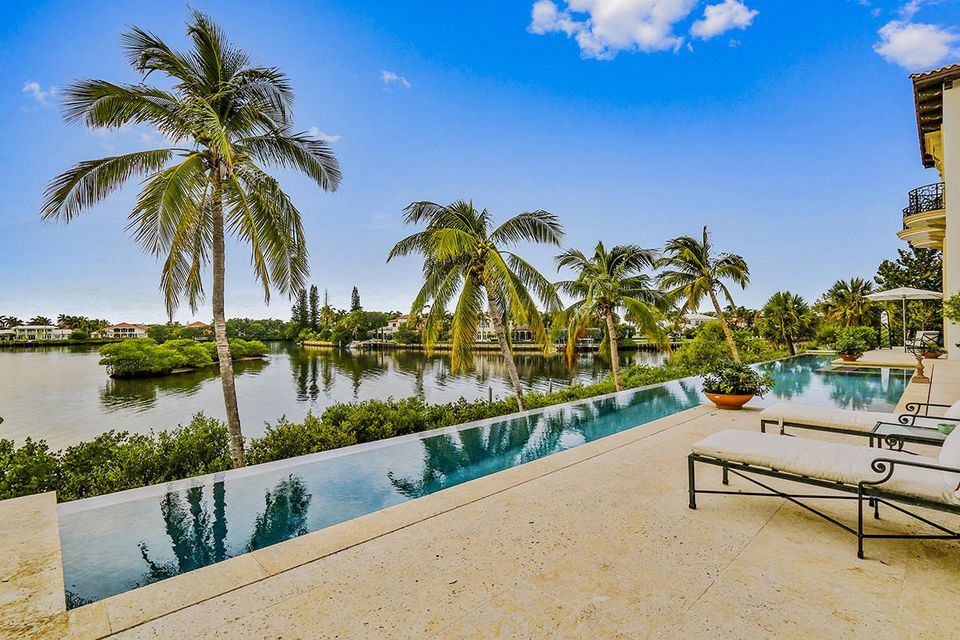 1555 S Ocean Boulevard , Manalapan FL 33462 is listed for sale as MLS Listing RX-10437610 photo #51