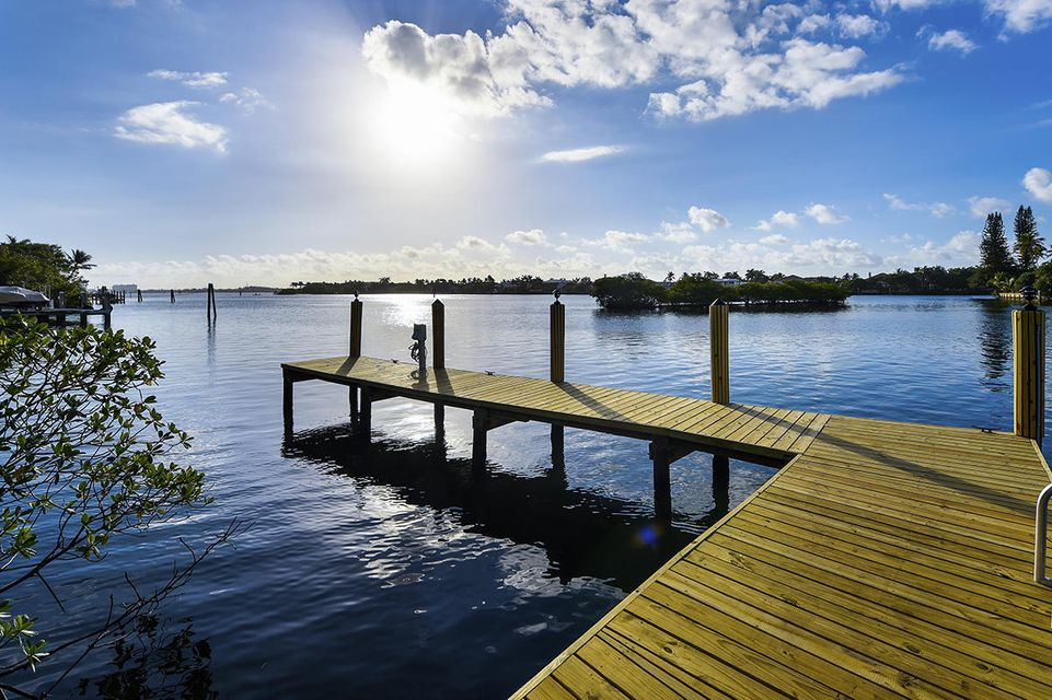 1555 S Ocean Boulevard , Manalapan FL 33462 is listed for sale as MLS Listing RX-10437610 photo #57