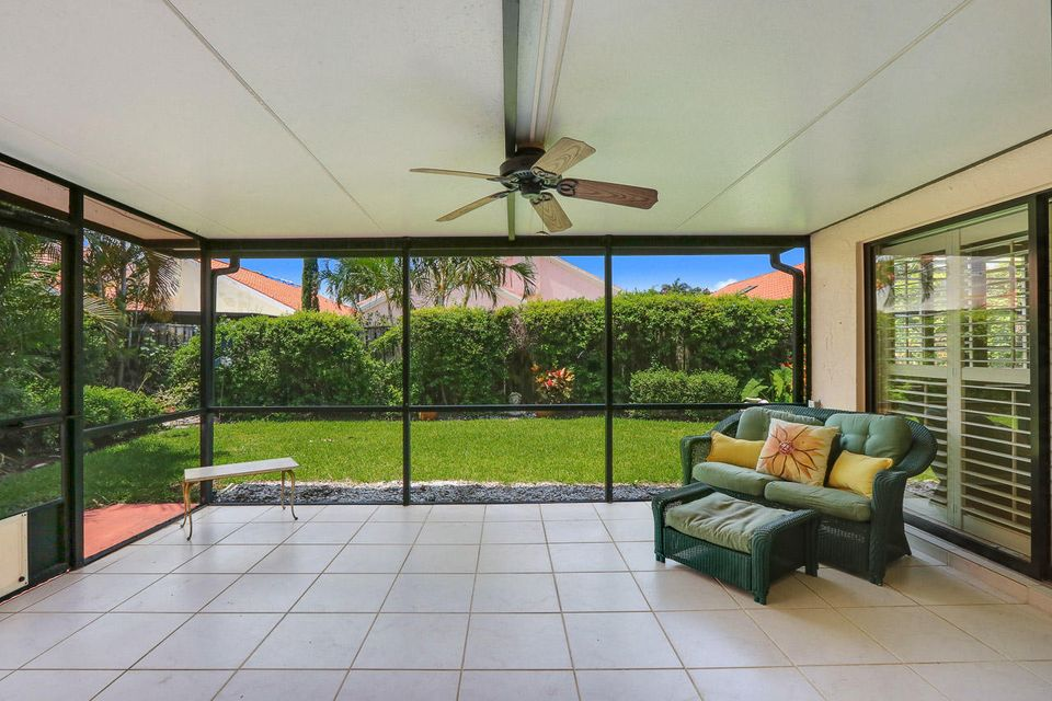 2597 La Lique Circle , Palm Beach Gardens FL 33410 is listed for sale as MLS Listing RX-10437827 17 photos