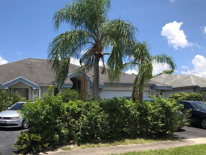 18220 181st Circle  Boca Raton, FL 33498