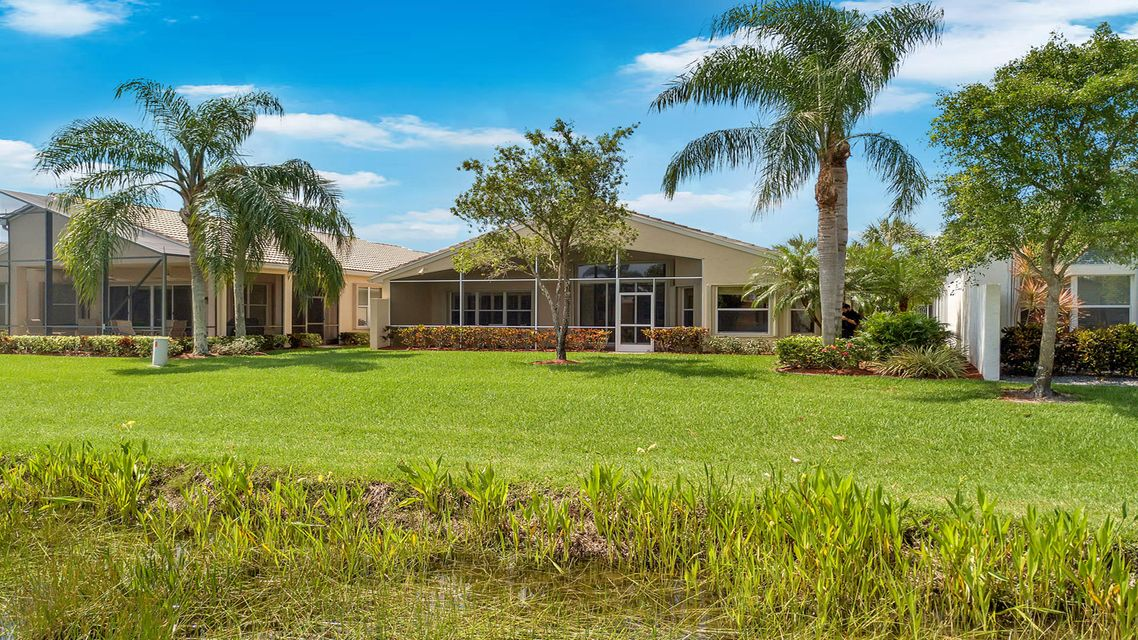 8201 Sandpiper Glen Lake Worth, FL 33467 photo 17