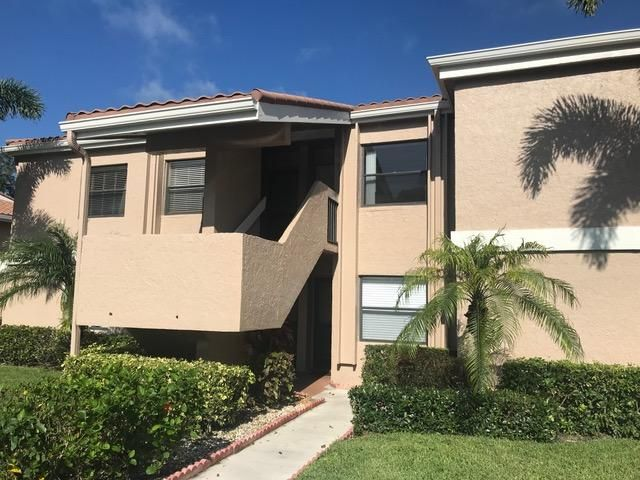 12911 Briarlake Drive 102 , Palm Beach Gardens FL 33418 is listed for sale as MLS Listing RX-10437847 10 photos
