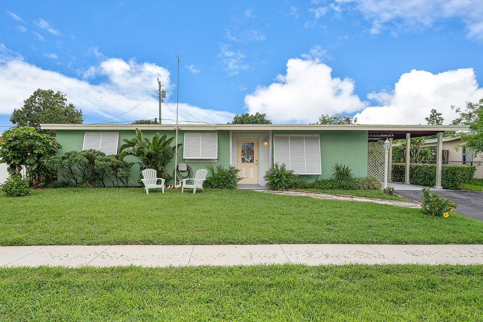 Home for sale in FOREST HILL VILLAGE 4 West Palm Beach Florida