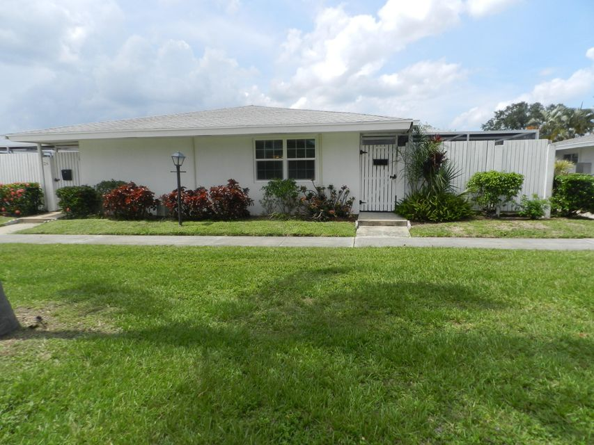 Photo of 21 East Royal Palm Beach FL 33411 MLS RX-10437877