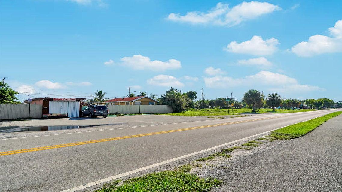931 Minor Road Lantana, FL 33462 photo 4