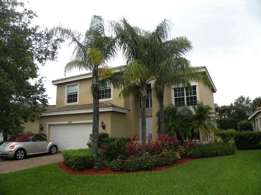 1867 Grey Falcon Circle  Vero Beach FL 32962