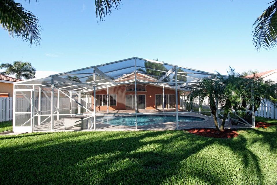 5589 Muirfield Village Circle  Lake Worth, FL 33463